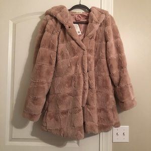 Jackets & Coats - Blush colored faux fur coat NWT